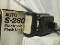 '    S-280 BOXED  ' Chinon S-280 Camera Flash Boxed   £9.99